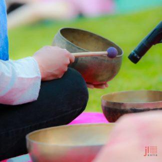 Aprender a tocar cuencos tibetanos