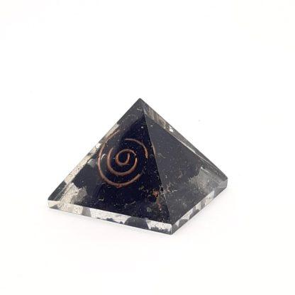 Comprar pirámide de orgonite shungita
