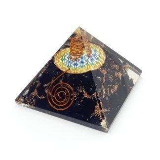 Pirámide orgonite con shungita Flor de la Vida